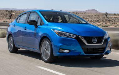 Nissan Versa, LEATHER, SUNROOF, NAVIGATION